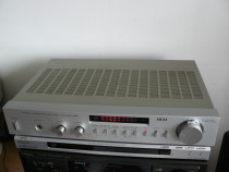 Amplificator Akai U 11 su am u22