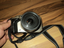 Aparat foto minolta vectis s-1 cu obiectiv 22-80mm