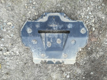 Scut de plastic isuzu trooper 2002