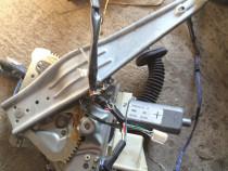 Macara motor geam fata dreapta TOYOTA AVENSIS 6981005050 T25