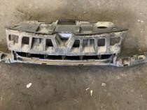 Suport centrala grila calandru Renault Megane 3 , absorbant