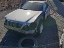 Mercedes clk 2002 fabricat 2000cm benzina full