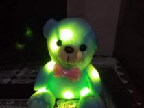 Ursulet de plus cu lumini