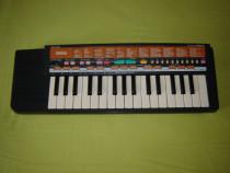 Orga Yamaha PSS-9 Originala