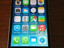 Telefon iPhone 4S
