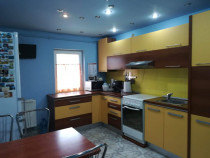 OT055 Apartament 3 Camere, Centrala Proprie, Zona Dambovita