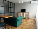 Apartament 1 camera cu nisa de dormit la ared uta