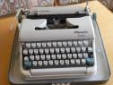 Masina de scris Olympia Monica