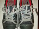 Pantofi de serviciu cu protecție de fier în față