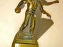 B750-I-Statuieta Regele Aruncator popice 1981 bronz masiv.