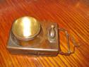 B941-Lanterna veche probabil militara anii 1900 functionala.
