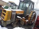 Dezmembrez tractor renault 145-14