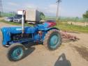 Tractor Ford Dexta 3000 +Combinator