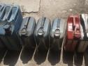 Canistre de metal pentru benzină/motorină de 20 l. și 10 l.