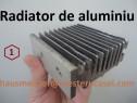 Radiator din aluminiu pentru răcirea pieselor electronice