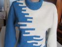 Pulover in doua culori albastru si alb
