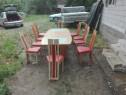 Masă cu scaune