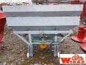 Masina de imprastiat azot purtata de 800 litri