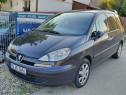 Inchiriez autoturism 7 locuri / Peugeot 807 / Rent a car