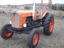 Tractor Fiat 411 , universal 445 cu plug