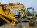 Excavator New Holland E215