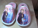 Papuci pentru fetite