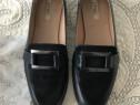 Pantofi, mărimea 36.
