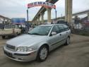 Dezmembrez Volvo V40 1.8 benzin an 2001