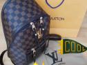 Rucsac Louis Vuitton new model, logo metalic auriu