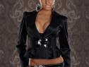 Jacheta foarte eleganta satinata cu centura lata in talie