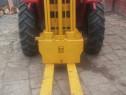 Stivuitor pentru tractor