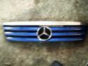 Grila capota culoare albastru Mercedes-Benz A-Class W168