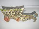 8075-Caruta cu cai decor Jerusalem alama aurita si colorata.