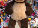 Maimuta uriasa de plus