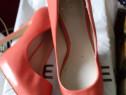Sandale dama nr 39 noi de firma zara rosii piele