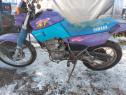 Motocicleta Yamaha