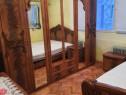 Mobilă dormitor din lemn masiv