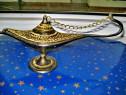 C54-Aromar bronz masiv gravat gen Lampa lui Aladin.