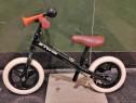 Bicicletă nouă fără pedale Betwin