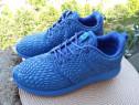 Adidasi Nike, mar 40 UK 6 (25.5 cm) made in Vietnam.