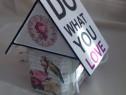 "Veioza lucrata manual -pentru noptiera ""do what you love"""