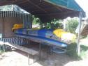 Barca si piscină unflabile
