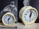 Ceas vechi de masa sevani urss