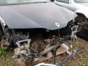 Dezmembrez Renault Laguna 1.9