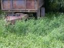 Remorca basculabila monoaxa de 7-8 tone