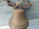 Clopot din bronz cu lant