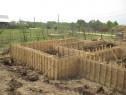 Executam fundatii de case de garduri