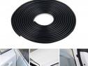 Rola Ornament Negru Protectie Usa / Streasina Tip U 15M