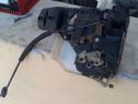 Broasca electrica stanga fata VW Passat B5.5