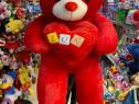 Urs de plus mare, Urs rosu gigant, urs urias